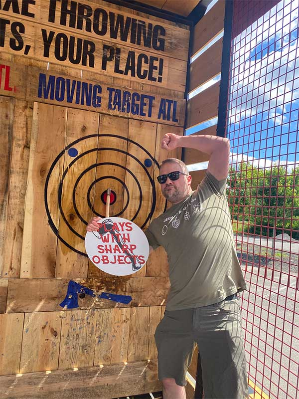 how-mobile-axe-throwing-works3